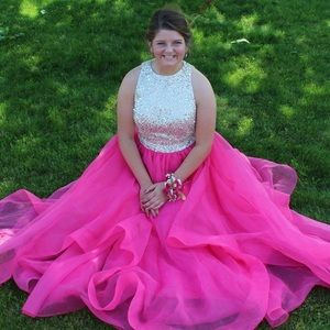 Dresses & Skirts - Gorgeous ivory and hot pink prom dress!